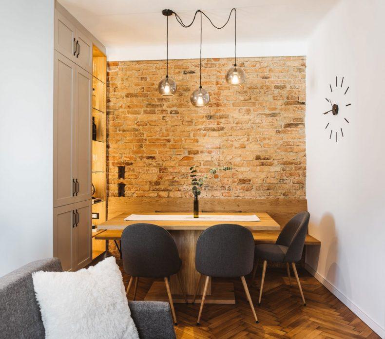 arhein-arhitektura-projekti-Stanovanje-Situla-Jedilnica-opecna-stena